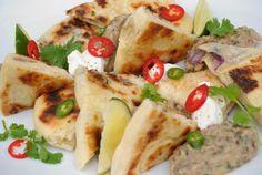 Recept: Baklažánová nátierka (baba ganoush) s cibuľovým chlebíkom | Nebíčko v papuľke