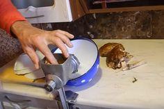 Ciupercile albe pot crește chiar și pe pervaz! Puteți să le adăugați oricând în orice fel de mâncare! - Sfaturi pentru casă și grădină Stuffed Mushrooms, Home Appliances, Gardening, Plants, Agriculture, Google Translate, Beauty Tutorials, Healthy Eating, Electrical Appliances