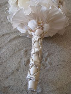 Beach Wedding bouquet #TropicalWedding #CaribbeanWedding #DestinationWedding #BeachWedding