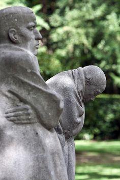 Käthe Kollwitz, The Grieving Parents, 1935. Memorial to fallen soldiers of World War I.