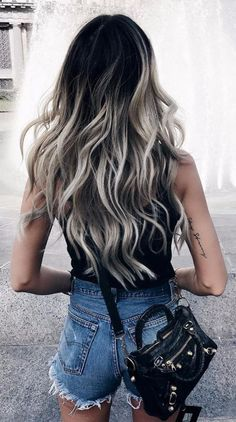 17 Stunning Examples of Balayage Dark Hair Color - Style My Hairs Dark Ombre Hair, Ombre Hair Color, Dark Hair, Gray Ombre, Hair Color Black, Grey Hair Dark Roots, Dark Roots Light Ends, Black And Blonde Ombre, Dark To Light Hair