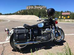 "76 gilla-markeringar, 1 kommentarer - Jonathan Sobol (@jonathansobol) på Instagram: ""Old Lady Eldo out in western NM. Used to be grizzlies here, now it's Guzzi's. #guzzi #motoguzzi…"""