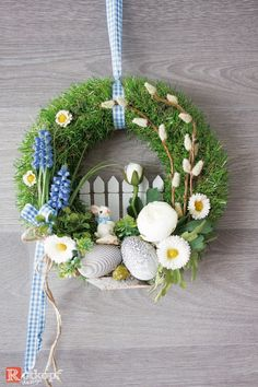 Door wreath Spring Easter - Decoration For Home Spring Door Wreaths, Easter Wreaths, Holiday Wreaths, Wreath Crafts, Diy Wreath, Diy Ostern, Spring Crafts, Easter Crafts, Making Ideas