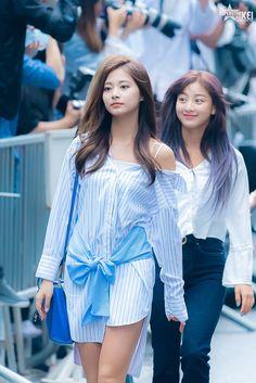 Twice-Tzuyu 180629 KBS Music Bank Kpop Girl Groups, Korean Girl Groups, Kpop Girls, Twice Jyp, Tzuyu Twice, Nayeon, Twice Album, Jihyo Twice, Dahyun