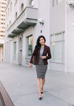 Office Skirt Outfit, Winter Skirt Outfit, Plaid Pencil Skirt, Pencil Skirt Outfits, Pencil Skirts, Office Fashion, Work Fashion, Fashion Outfits, Office Outfits Women