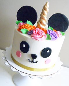 Panda Birthday Cake, Picnic Birthday, Pretty Birthday Cakes, Baby Birthday Cakes, Unicorn Birthday Parties, 9th Birthday, Panda Cakes, Bear Cakes, Panda Bebe