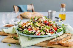 Enkel kyllingsalat med smak av Middelhavet   Coop Mega Cobb Salad, Food And Drink