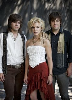 THE BAND PERRY- those dudes are so dorky but I really dig her style