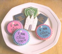 LDS Baptism Baptism Pictures, Baptism Cookies, Lds Faith, Baptism Decorations, Baptism Party, Godchild, Girl Decor, Meaningful Gifts, Unicorn Party