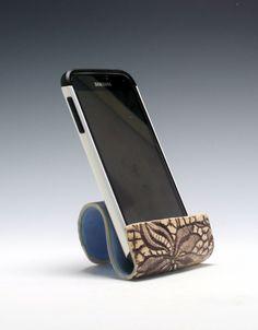 Ceramic cell phone holder, business card holder, sponge holder, recipe card holder/Ceramics and Pottery Hand Built Pottery, Slab Pottery, Ceramic Pottery, Ceramic Clay, Ceramic Plates, Ceramics Projects, Clay Projects, Clay Crafts, Recipe Card Holders