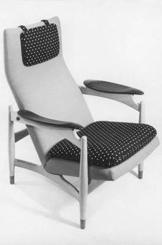 Finn Juhl -  model FJ49A  Designer: Finn Juhl (1912 - 1989)  Producer: Niels Vodder, 1949  Material: teak and leather