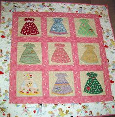 Freda's Hive: Let's Play House Dress Quilt