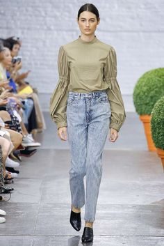 high waisted light denim skinny paired with blouson sleeve blouse from Tibi SS 2017 RTW || Saved by Gabby Fincham ||