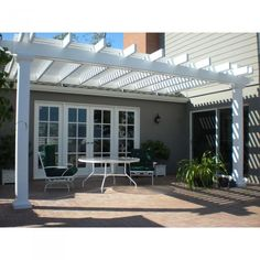The pergola kits are the easiest and quickest way to build a garden pergola. There are lots of do it yourself pergola kits available to you so that anyone could easily put them together to construct a new structure at their backyard. Pergola Metal, Vinyl Pergola, Building A Pergola, Pergola Canopy, Pergola Swing, Deck With Pergola, Cheap Pergola, Wooden Pergola, Covered Pergola
