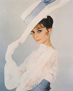 My Fair Lady Audrey Hepburn as Eliza Doolittle by Cecil Beaton Cecil Beaton and Michael Neuwirth Audrey Hepburn Outfit, Audrey Hepburn Born, Audrey Hepburn Photos, My Fair Lady, Golden Age Of Hollywood, Old Hollywood, Hollywood Divas, Hollywood Glamour, High Fashion
