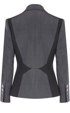 Karen Millen - Back of suit jacket with black or dark grey sculpting panels on grey Grey Fashion, Office Fashion, Look Fashion, Costume Gris, Suits For Women, Clothes For Women, Mein Style, Fashion Details, Fashion Design