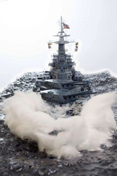 USS North Carolina by Chris Flodberg Scale Model Ships, Scale Models, Navy Military, Military Art, Uss North Carolina, Model Warships, Us Battleships, Capital Ship, Naval