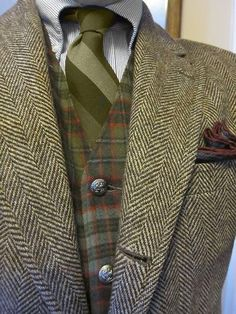 Gentlemen: ~ Nicolson weathered tartan, waistcoat, and tweed. Older Mens Fashion, Mens Fashion Suits, Sharp Dressed Man, Well Dressed Men, Mode Costume, Tweed Suits, Elegant Man, Dapper Men, Business Outfits