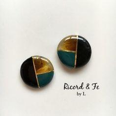 Resin Jewelry Making, Jewelry Box, Minimalist Earrings, Resin Crafts, Epoxy, Berry, Mosaic, Shells, Cuffs