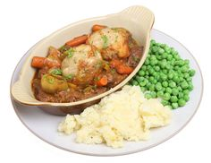 Lamb and Guiness Stew with Rosemary Dumplings Food Dishes, Main Dishes, Dishes Recipes, Stew And Dumplings, Irish Stew, Lamb Stew, Home Food, Slow Cooker Beef, Food N