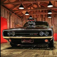 1970 Dodge Charger R/T (Road andtTrack) - Motorrad Dodge Muscle Cars, Custom Muscle Cars, Best Muscle Cars, American Muscle Cars, Dodge Charger 1970, Best Classic Cars, Chevy Impala, Chevy Nova, Muscle Cars