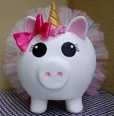 Resultado de imagen de cerditos de ceramica Piggy Bank, Leo, Christmas Ornaments, Holiday Decor, Pigs, Roof Tiles, Mud, Christmas Jewelry, Money Bank