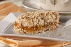 Crunchy Oat Apricot Bars make the perfect on-the-go breakfast or snack. Our apricot bars have just the right amount of satisfying crunch to go along with that sweet apricot taste. Diabetic Desserts, Healthy Snacks For Diabetics, Low Carb Desserts, Diabetic Recipes, Low Carb Recipes, Dessert Recipes, Cooking Recipes, Light Desserts, Healthy Deserts