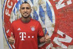 Arturo is a Bayern man now. Still love ya! Fc Bayern Munich, European Cup, Sports Clubs, Football Soccer, Champions League, Instagram Posts, Mens Tops, San, Number