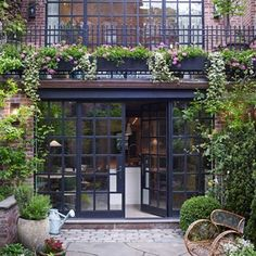 Bonnie Robinson reveals where to source steel french windows similar to this Manhattan house in this month's instalment of 'The Knowledge'