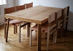 Oak dining chair and table | NH oslo