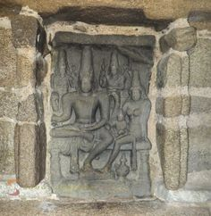Bas-relief of the Pallava King and family responsible for commissioning the building of the great monuments in Mahabalipuram.
