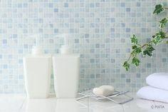 【お風呂の掃除】4種の汚れの落とし方と12ヶ所の掃除方法まとめ   コジカジ Sink, Bathtub, Cleaning, Bathroom, Home Decor, Hair, Sink Tops, Standing Bath, Washroom