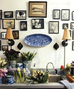 Sweet Home & Garden Sweet Home, Eclectic Gallery Wall, Interior And Exterior, Interior Design, Diy Interior, Interior Lighting, Kitchen Interior, Flower Room, The Design Files