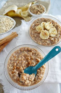 "con canela Avena con canela Con Con means ""with"", in Italian and English (see Italian musical terms used in English). Con may also refer to: Real Food Recipes, Vegan Recipes, Cooking Recipes, Yummy Food, Healthy Breakfast Recipes, Healthy Snacks, Breakfast Ideas, Healthy Eating, Comidas Fitness"