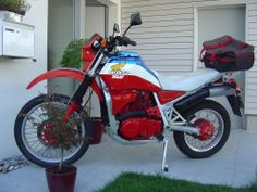 The remaking of a Honda XLV 750R