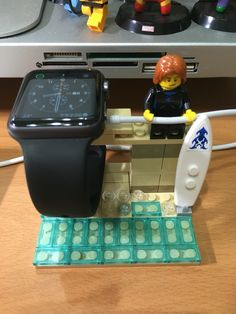My LEGO Apple Watch dock with surfer !