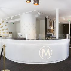 Delivery of a pop-up store in Paris - Magnum - France Pop Up, Bathtub, Delivery, France, Paris, Store, Projects, Standing Bath, Log Projects