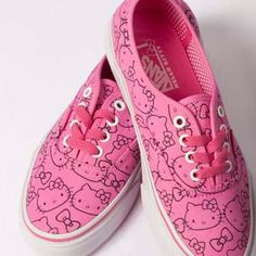 Hello Kitty x Vans