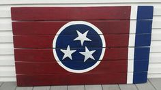 Tennessee State Flag Made from pallet wood and tin for the stars