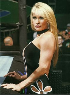 Former WWE/WWF Diva Sable