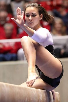the female form when associated with sport and fitness Gymnastics Pictures, Sport Gymnastics, Artistic Gymnastics, Sporty Girls, Gym Girls, Gymnastics Flexibility, Crotch Shots, Beautiful Athletes, Hot Cheerleaders