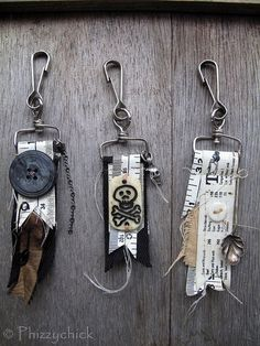 Post-apocalyptic bag decs by Phizzychick. Every fashionable post-apocalyptic person needs something decorative for their bag, right?