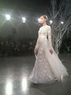 m_lhuillier Beautiful White Dresses, Bridal Fashion Week, Bridal Style, Victorian, Weddings, Twitter, Wedding Dresses, Bride Dresses, Wedding