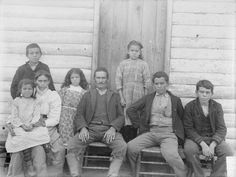 Simeon Collins, his wife Pinkey Collins and family - Pamunkey – 1899