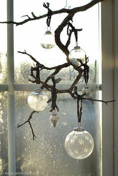 i love every season Christmas Balls, Winter Christmas, Christmas Time, Merry Christmas, The Light Is Coming, Wall Lights, Ceiling Lights, Home Decor Furniture, Sconces