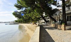 Pinewalk Apartment Vista Mar - villa in Puerto Pollensa. Got engaged along here