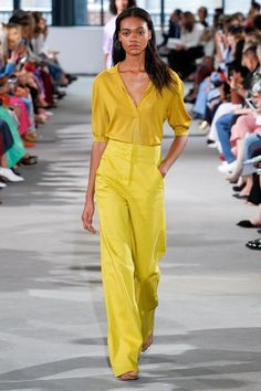 See the entire Spring 2018 collection from Tibi.