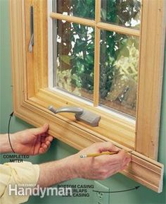 We show you how to make crisp, sharp corners and tight joints when installing interior door trim, window trim and a three-piece baseboard. With a few basic carpentry Basic Carpentry Tools, Trim Carpentry, Woodworking Joints, Woodworking Plans, Woodworking Projects, Diy Projects, How To Install Baseboards, Work Basics, Interior Window Trim