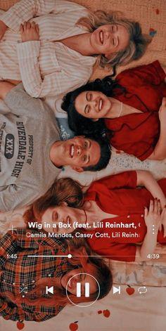 Riverdale Cheryl, Bughead Riverdale, Riverdale Funny, Riverdale Movie, Riverdale Poster, Riverdale Quotes, Riverdale Wallpaper Iphone, Cheryl Blossom Aesthetic, Riverdale Netflix