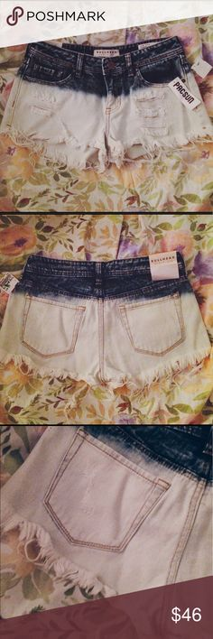 NWT bullhead ombré destroyed denim shorts size 5 NWT gorgeous tumblr/coachella esq shorts. perfect for summer concerts PacSun Shorts Jean Shorts
